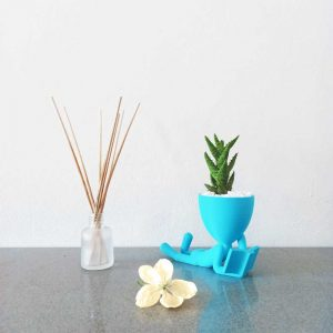 Pot planter man royal art 3d printed